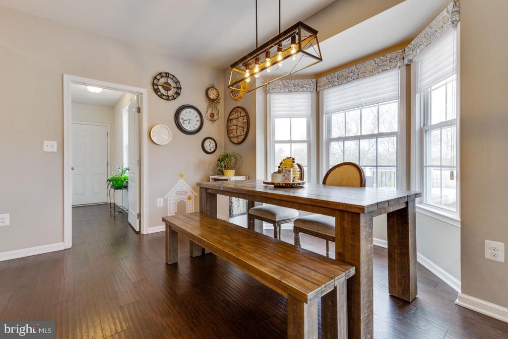 Great Breakfast Room - 24215 CRABTREE CT, ALDIE