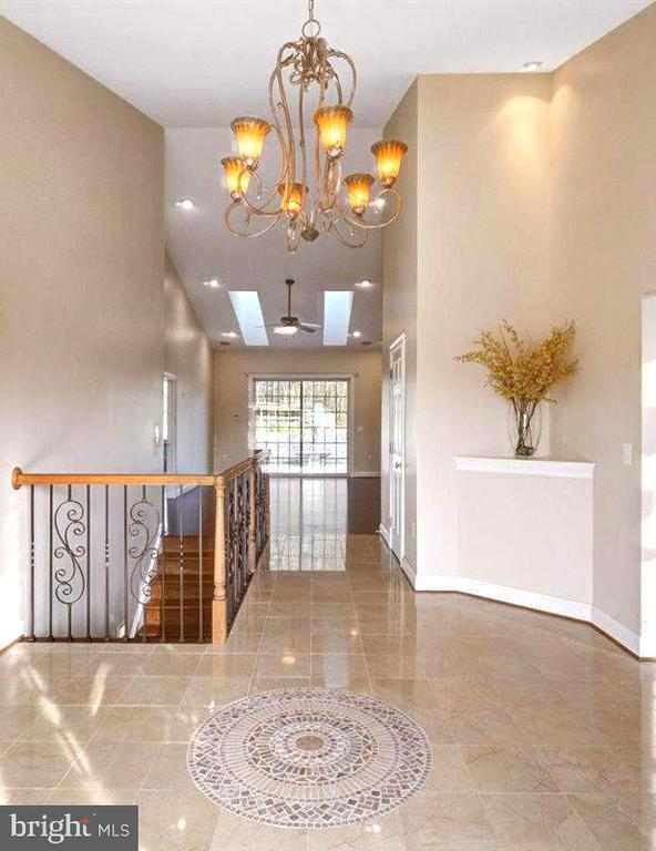 Grand Entry Foyer  with Mosaic - 14515 SHIRLEY BOHN RD, MOUNT AIRY
