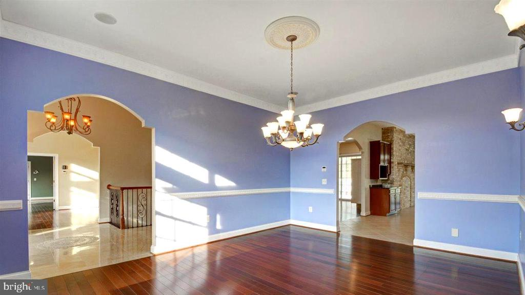 Large Formal Dining Room - 14515 SHIRLEY BOHN RD, MOUNT AIRY