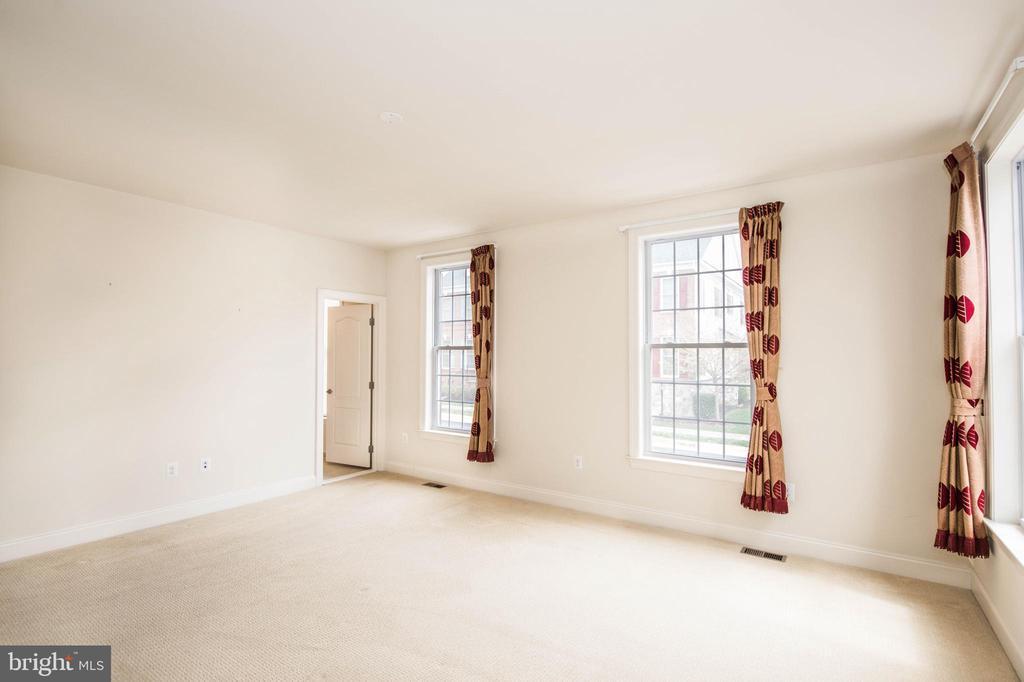 Master Bed3 - 22525 WILLINGTON SQ, ASHBURN