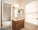 Bath1-1 - 22525 WILLINGTON SQ, ASHBURN