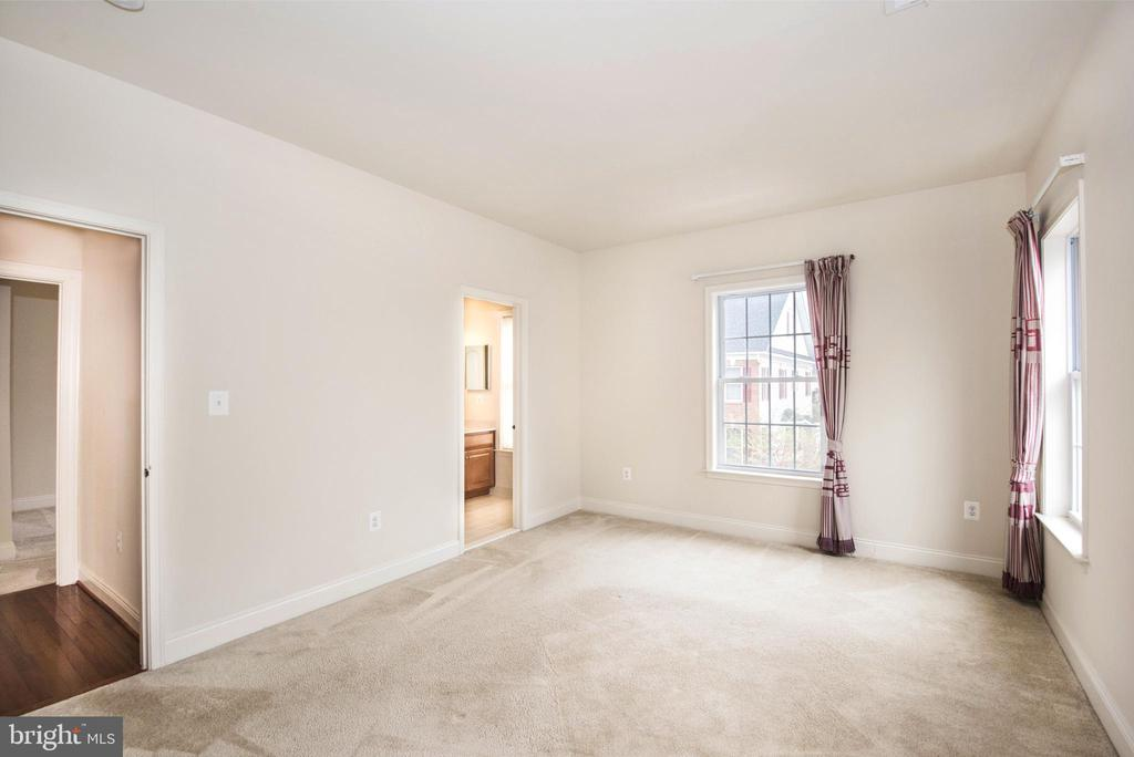 Bedroom 1-3 - 22525 WILLINGTON SQ, ASHBURN