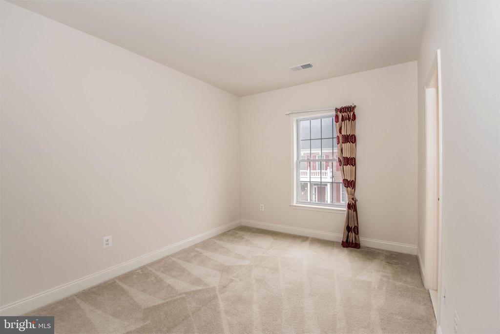 Bedroom 2-2 - 22525 WILLINGTON SQ, ASHBURN