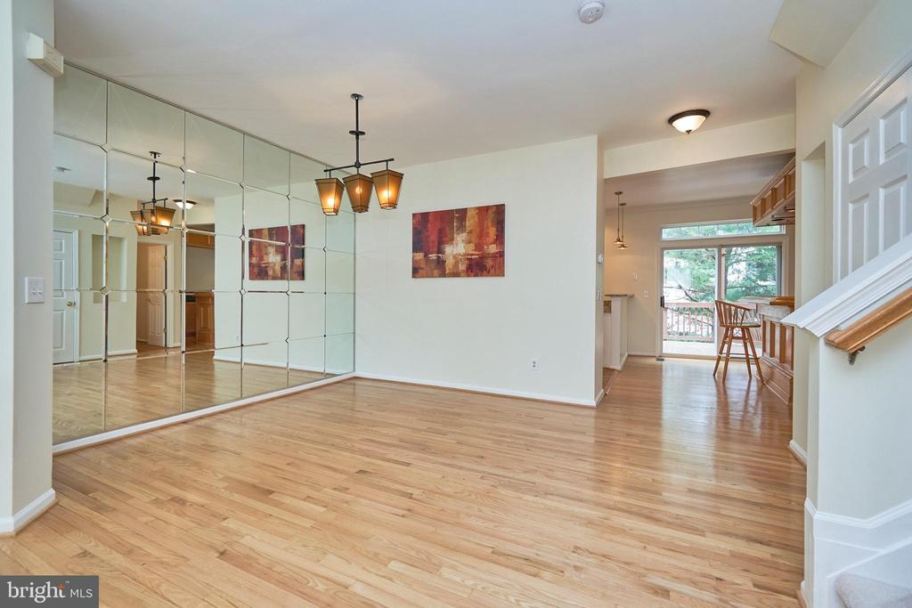 Separate dining room - 11436 ABNER AVE, FAIRFAX