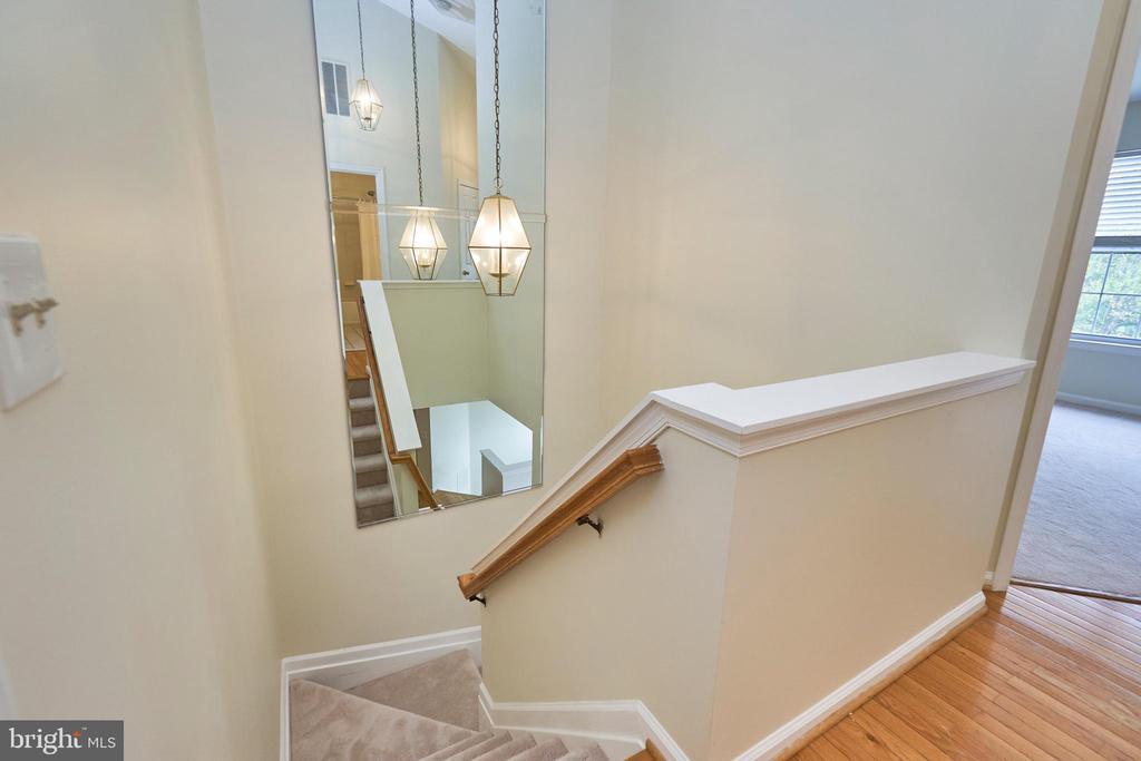 Stairwell - 11436 ABNER AVE, FAIRFAX