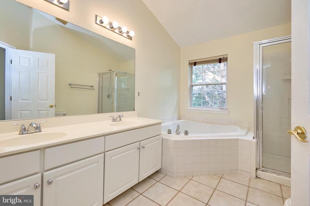 Primary bath with separate tub and shower - 11436 ABNER AVE, FAIRFAX