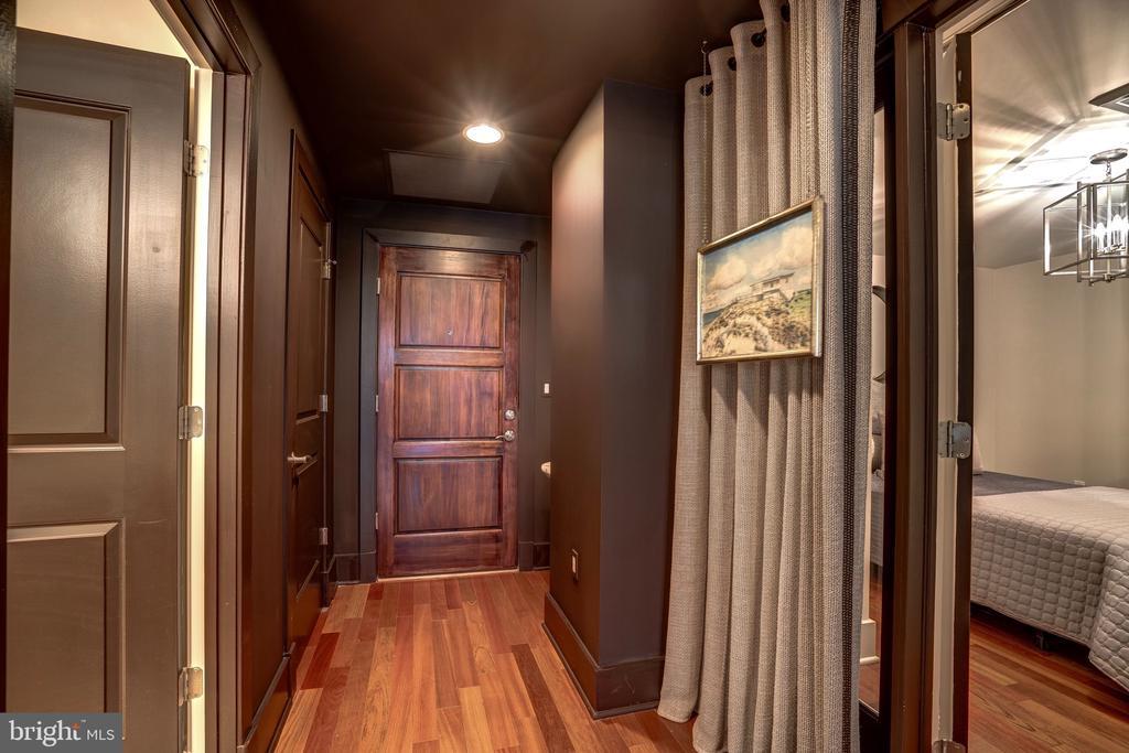 Sliding Ceiling Mounted Foyer Hallway Draperies - 1615 N QUEEN ST #M303, ARLINGTON