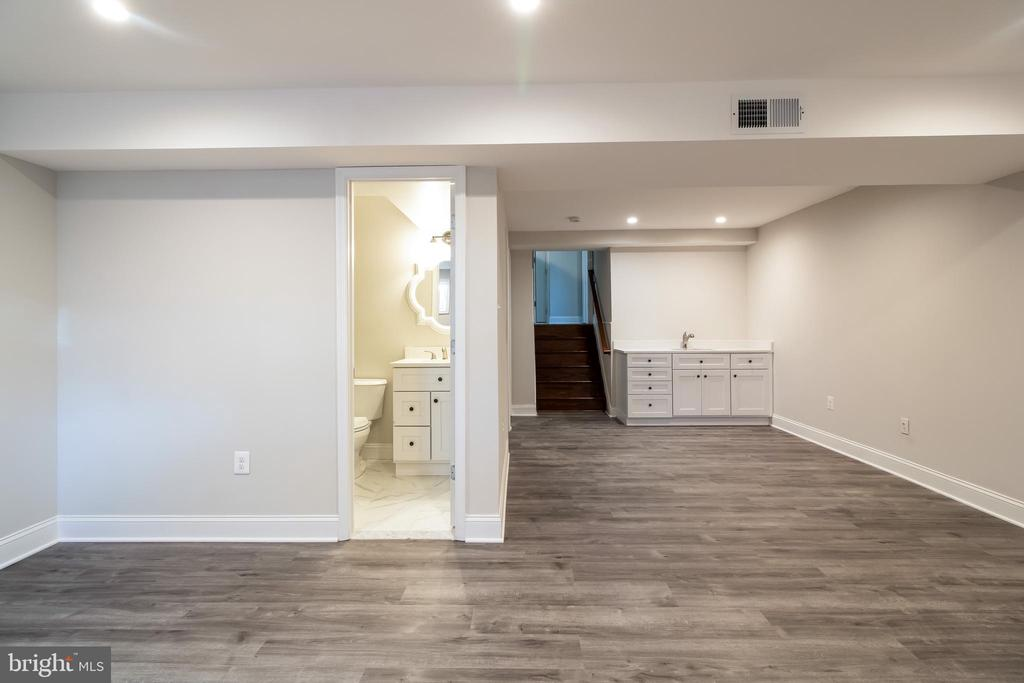 Wet Bar and Open Area Lower Level 2 - 13203 TAMARACK RD, SILVER SPRING