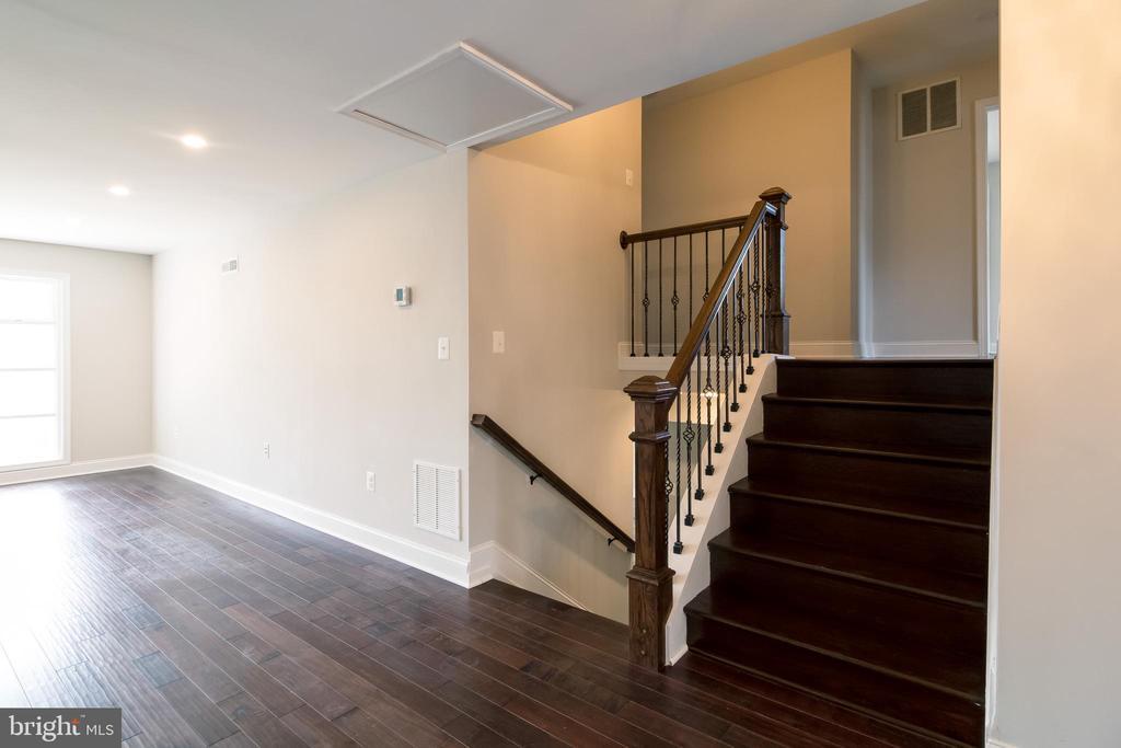 Open Staircase - 13203 TAMARACK RD, SILVER SPRING