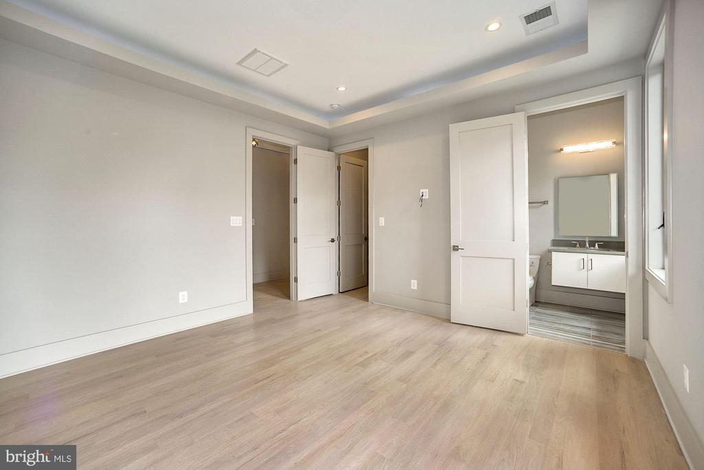 4th bedroom - 5800 37TH ST N, ARLINGTON