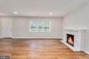 Living room - 330 TULIP CIR, FREDERICKSBURG