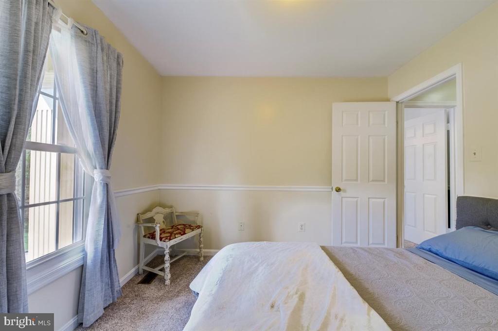 Bedroom #4 - 8900 MAGNOLIA RIDGE RD, FAIRFAX STATION