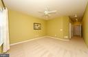 Main level owner's suite with walk in closet - 63 HARPERS MILL WAY, LOVETTSVILLE