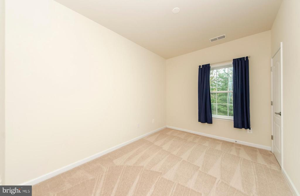 2nd bedroom on Main Level - 63 HARPERS MILL WAY, LOVETTSVILLE
