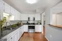 Kitchen Opens up to Dining Room - 81 SOUTHALL CT, STERLING