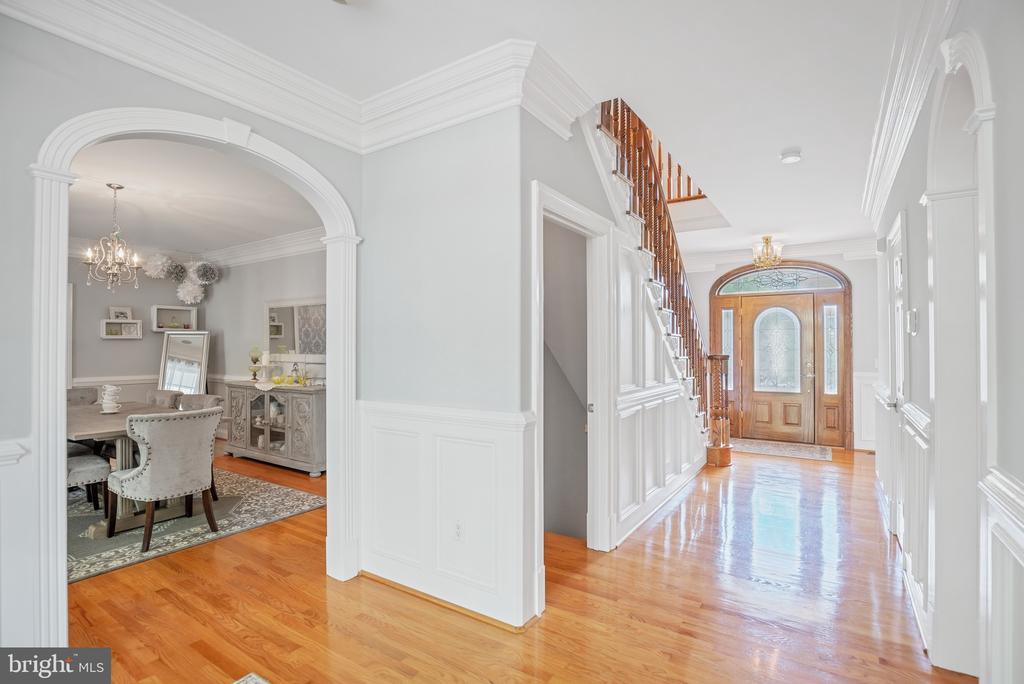 Gleaming Hardwood Floors - 12620 CHEWNING LN, FREDERICKSBURG