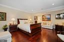 Au-Pair Suite on Lower Level with Private Entrance - 22608 CREIGHTON FARMS DR, LEESBURG