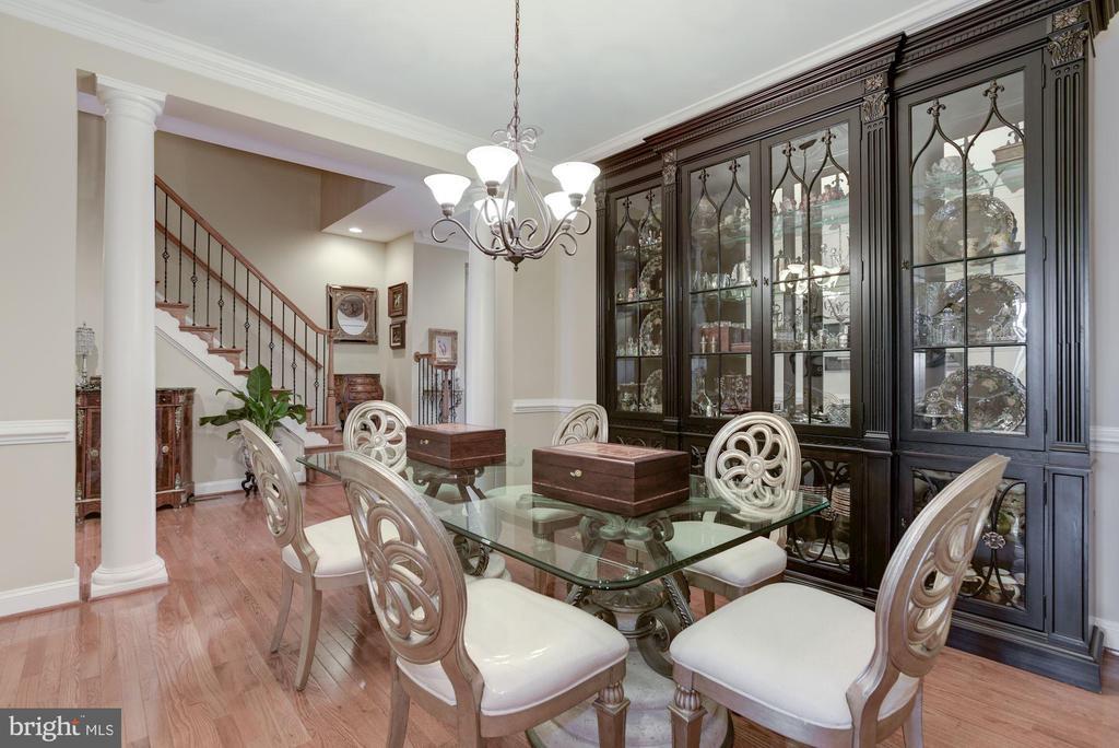 Formal Private Dining Room - 18362 FAIRWAY OAKS SQ, LEESBURG