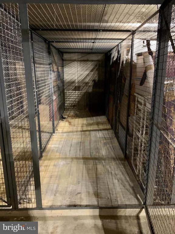 Large Storage Unit - SL-93 - 3625 10TH ST N #903, ARLINGTON