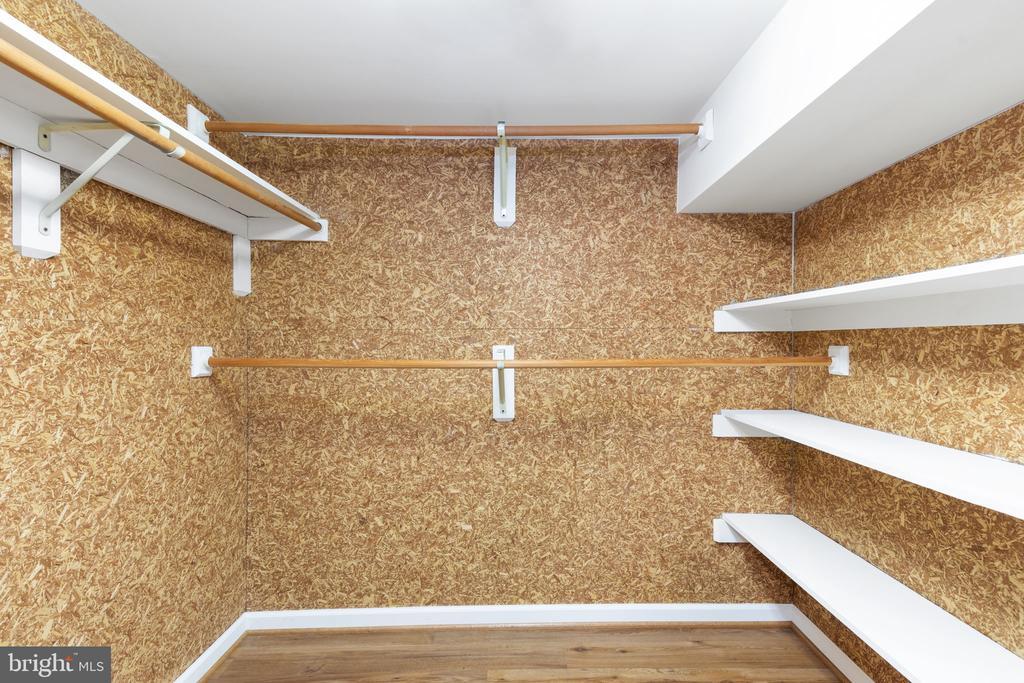 Lower Level Walk-In Cedar Closet - 2405 OAKMONT CT, OAKTON