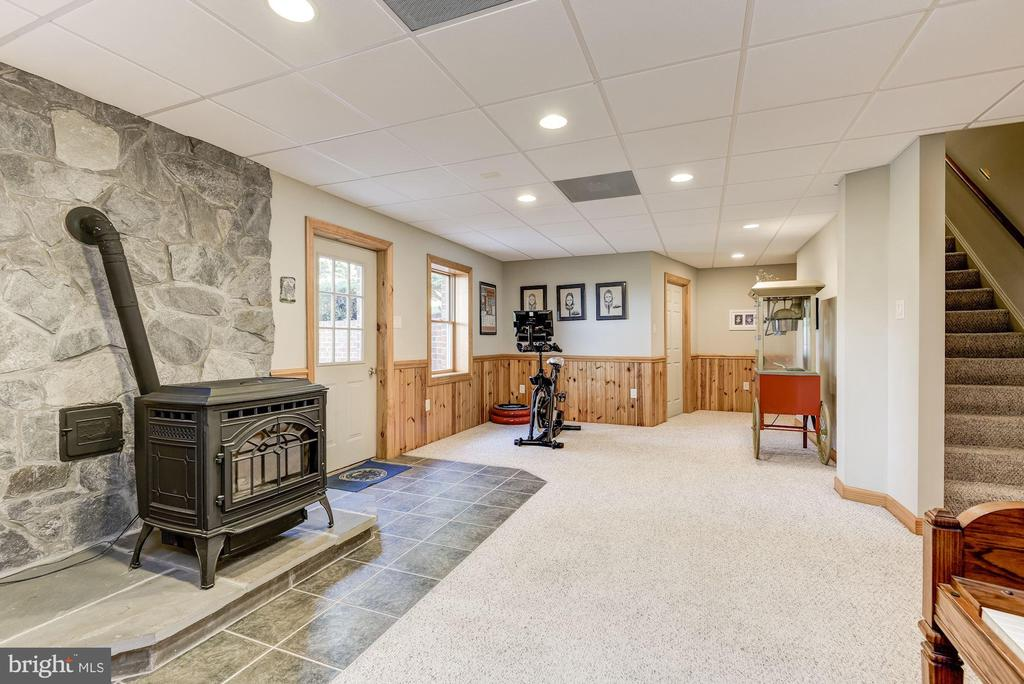 Pellet Stove | Access to Backyard Oasis - 8329 MYERSVILLE RD, MIDDLETOWN