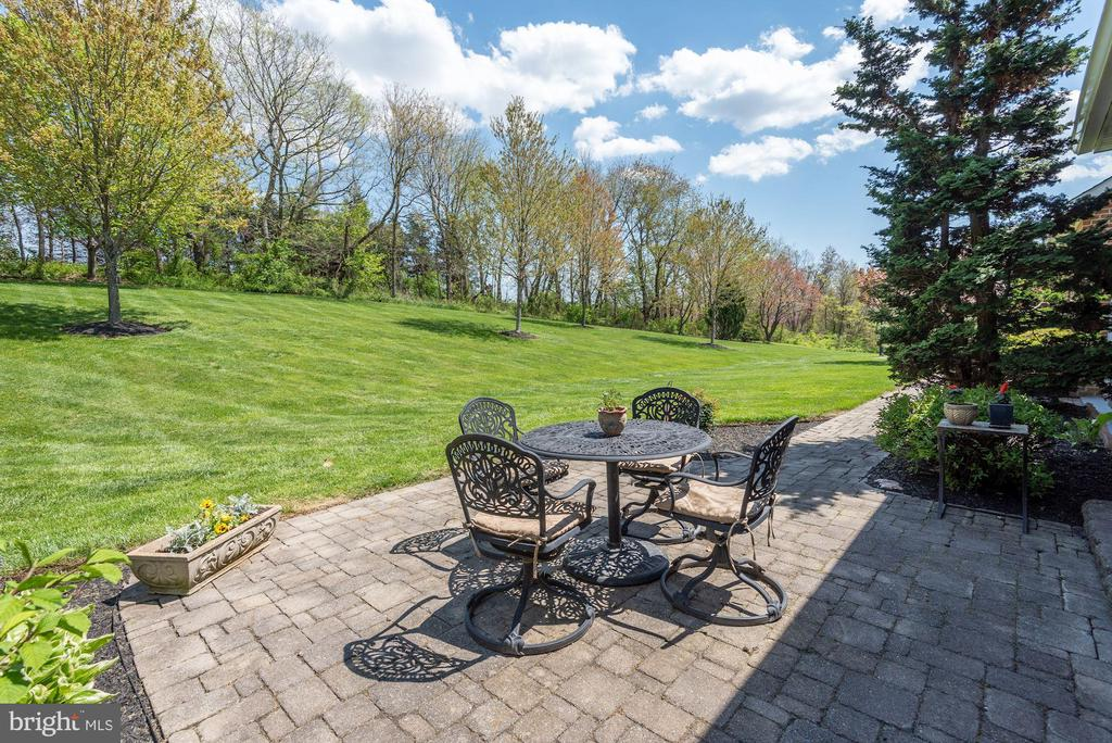 Paver Patio - 8329 MYERSVILLE RD, MIDDLETOWN