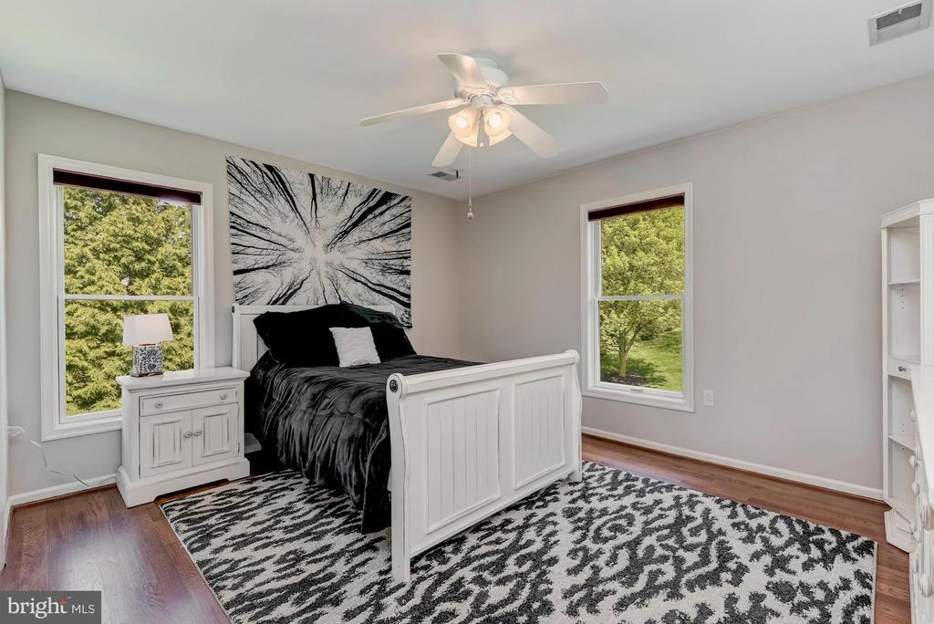 Bedroom | Red Oak Hardwood Floors - 8329 MYERSVILLE RD, MIDDLETOWN