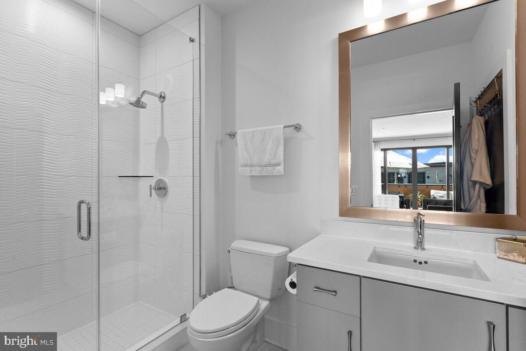 Ensuite Bath #3, Level 4 - 44647 DANVERS TER, ASHBURN