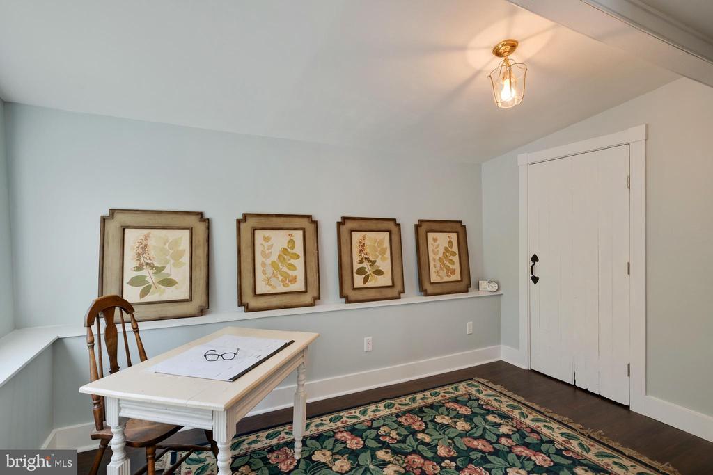 Main Level Bedroom - 1951 MILLWOOD RD, MILLWOOD