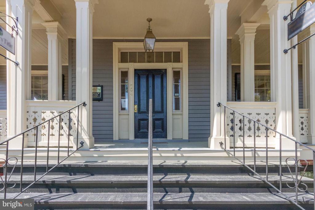 Featured Porch... - 804 CHARLES ST, FREDERICKSBURG
