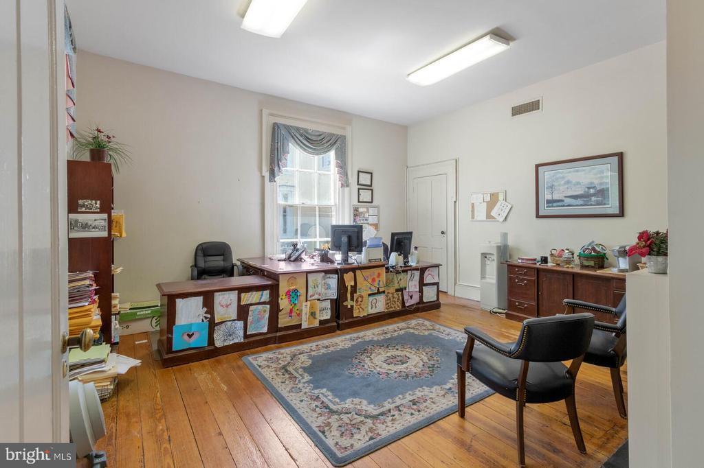 Main Level Office #1 of 3 - 804 CHARLES ST, FREDERICKSBURG