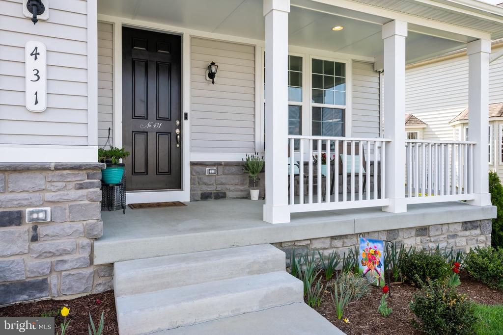 - 431 CANYON RD, WINCHESTER