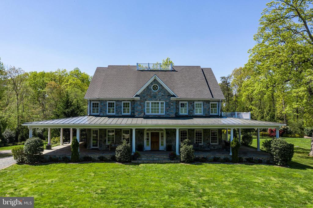 Welcome to 815 Blacks Hill Road! - 815 BLACKS HILL RD, GREAT FALLS