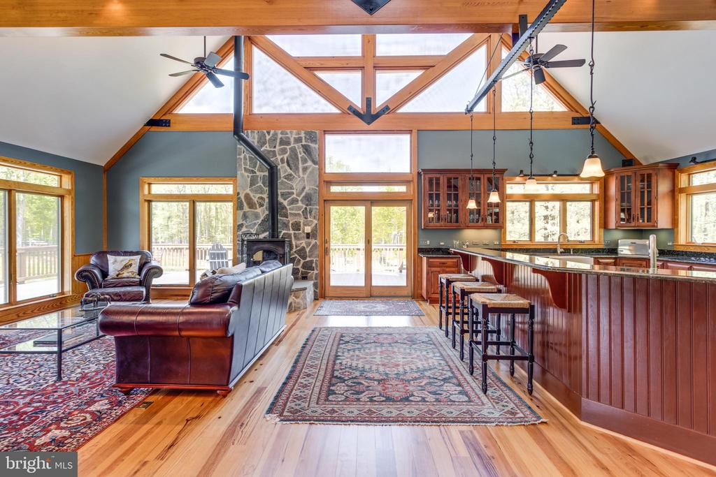 Check out those rafters! - 815 BLACKS HILL RD, GREAT FALLS
