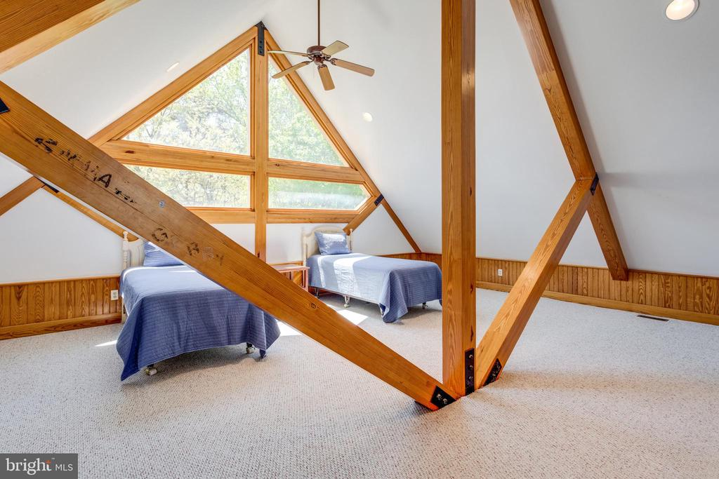 Bunk area at the top - can accommodate more beds! - 815 BLACKS HILL RD, GREAT FALLS
