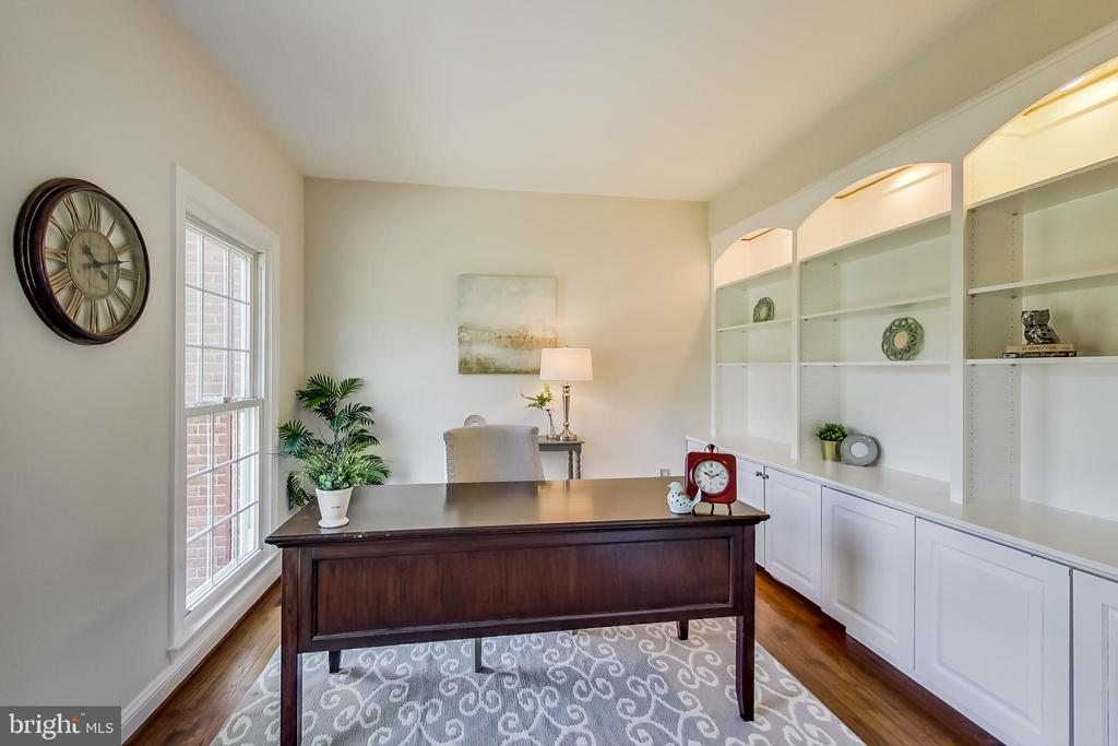 Private Office w/ French Doors - 12600 HOMEWOOD WAY, FAIRFAX