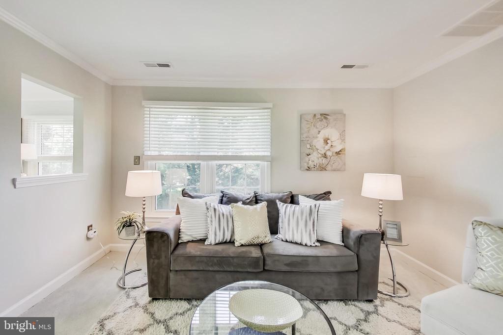 Owner's Suite Sitting Area or Flex Space w/ Closet - 12600 HOMEWOOD WAY, FAIRFAX