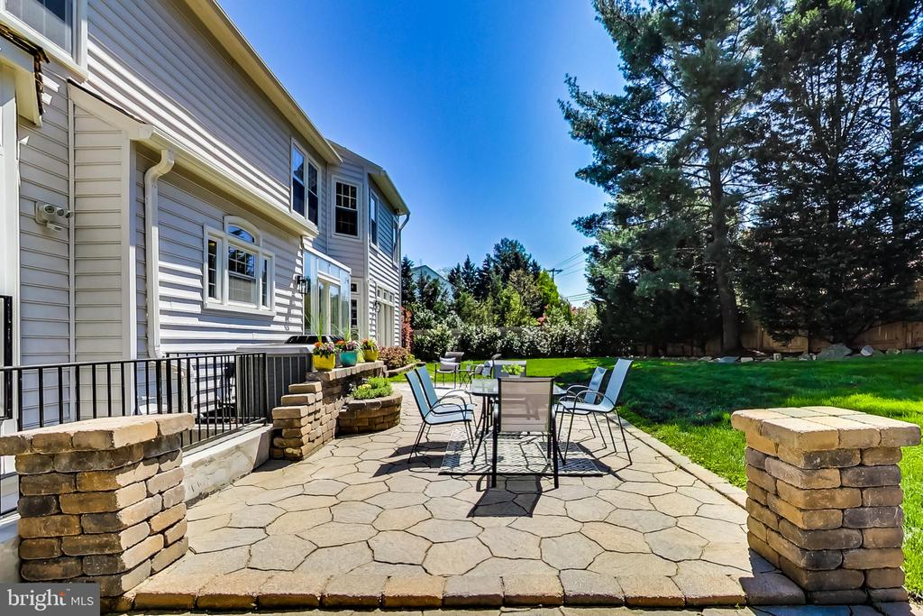 Perfect Place for Grilling / Entertaining Outdoors - 12600 HOMEWOOD WAY, FAIRFAX