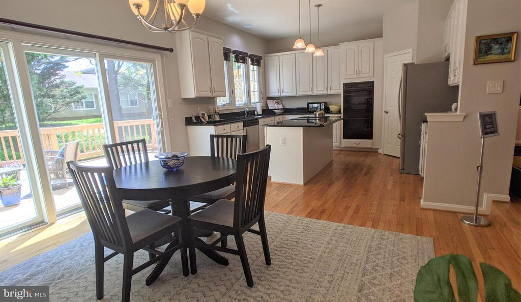View of Kitchen from Family Room/Casual Dining - 10481 COURTNEY DR, FAIRFAX