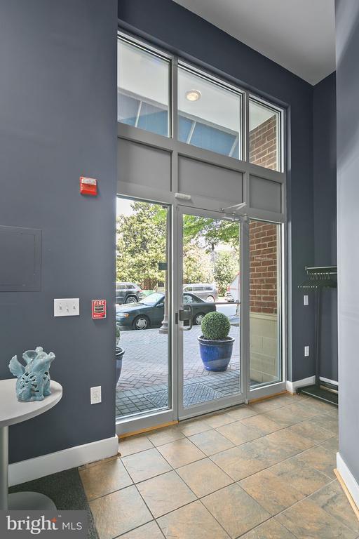 Commercial Space Entrance (Interior) - 1800 WILSON BLVD #128, ARLINGTON