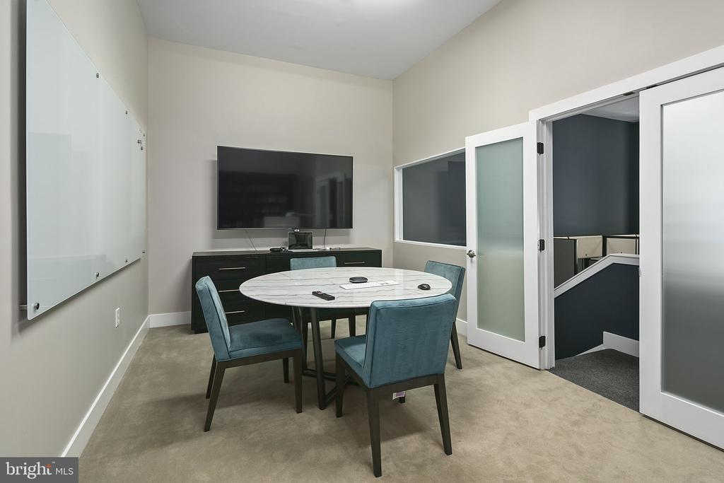 Commercial Space Conference Room - 1800 WILSON BLVD #128, ARLINGTON