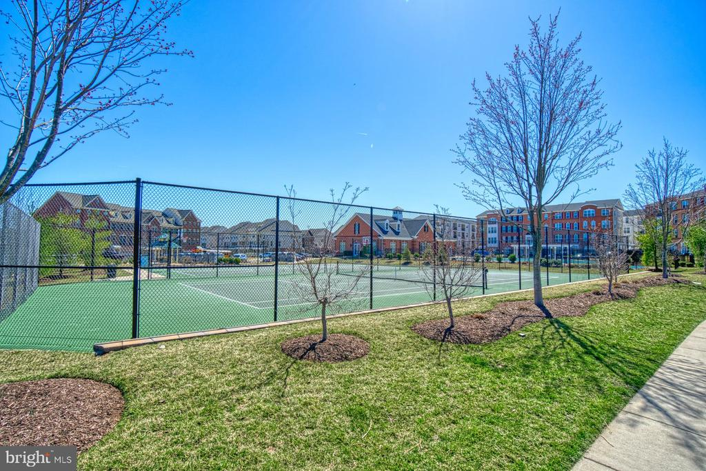 Several Tennis Courts Throughout the Community - 43015 CLARKS MILL TER, ASHBURN