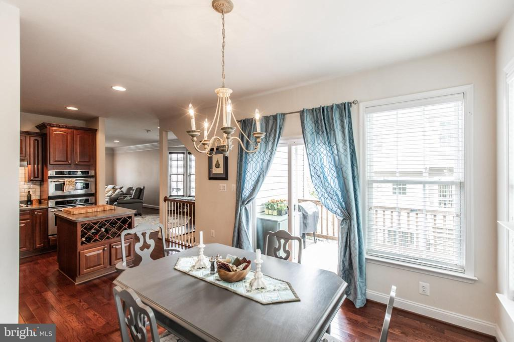 Access to Deck from Kitchen/Dining! - 8921 TAPPEN MILL WAY, MANASSAS