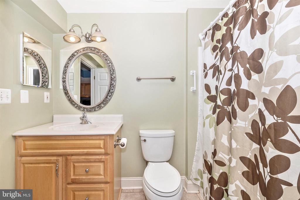 Lower Level Full Bathroom - 6953 INVERNESS CT, NEW MARKET