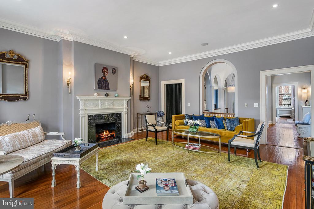Living Room - 2019 Q ST NW, WASHINGTON