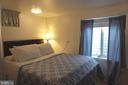 Basement bedroom with egress - 4132 ADDISON RD, FAIRFAX