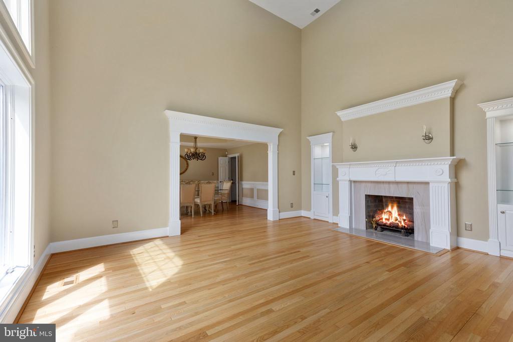 Formal Living Room with soaring ceiling - 2405 OAKMONT CT, OAKTON