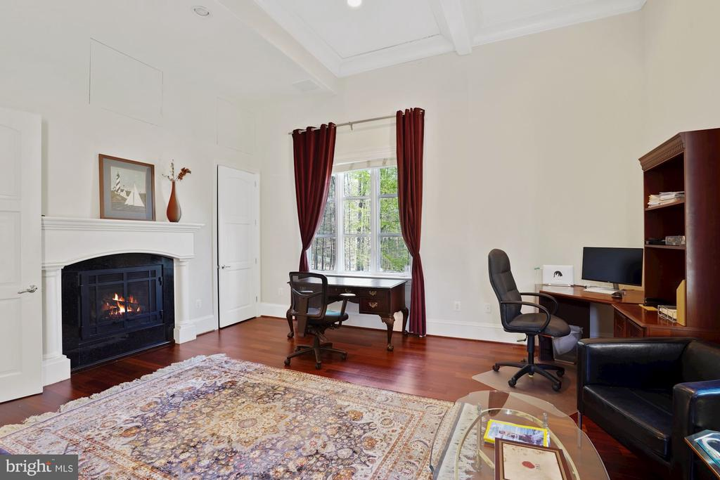 Professional Office or In-Law Suite in