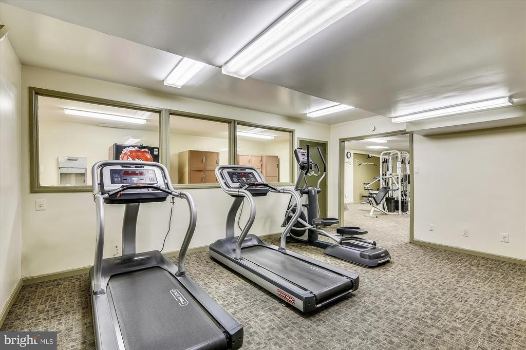 Work Out Room - 3100 S MANCHESTER ST #612, FALLS CHURCH