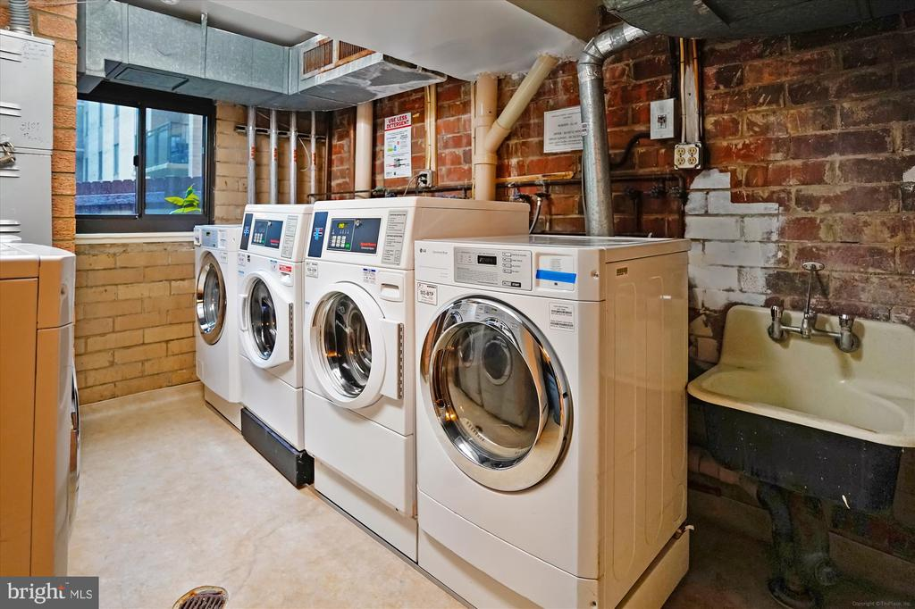 Laundry on each Floor - 3100 S MANCHESTER ST #612, FALLS CHURCH